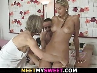 His blonde gf involved into family foursome