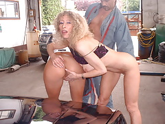 2 hot french milfs at the garage