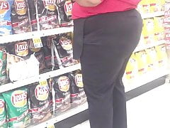 Busty Phat Cougar with tight vpl work pants on Candid (4)