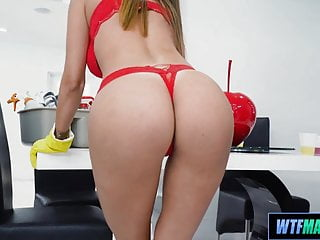 Athletic and hot Cougar Cleaning service