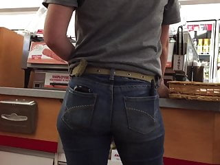 Sexy Slim Ass Clerk in Tight Jeans