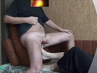 Ballbusting with the music